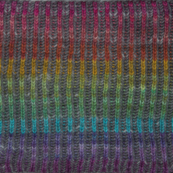 close up of after the rain brioche cowl from knit the rainbow