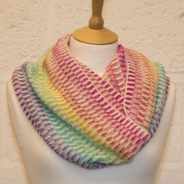 fractured rainbow brioche cowl from knit the rainbow