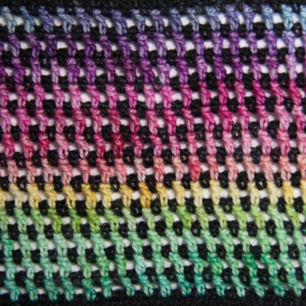 crochet the rainbow mesh cowl close up