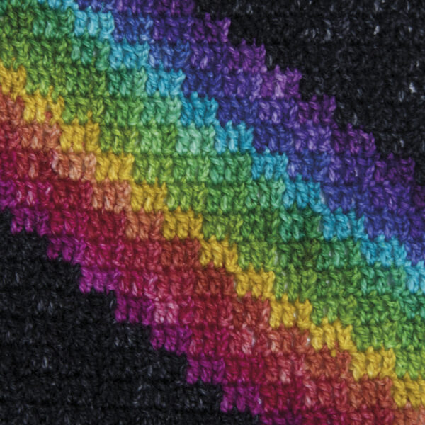 crochet the rainbow zigzag scarf close up